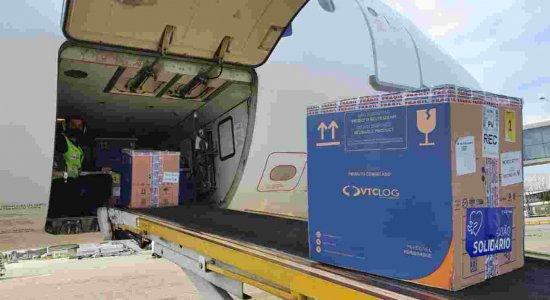 Covid-19: 94.770 doses da Pfizer desembarcam em Pernambuco nesta quinta-feira (26)