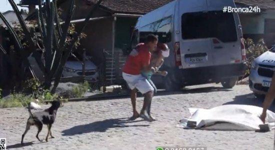 Mulher de 27 anos é morta a pedrada no meio da rua no Cabo de Santo Agostinho