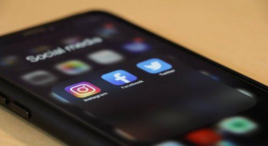 Exposição excessiva de crianças em redes sociais pode causar vários danos