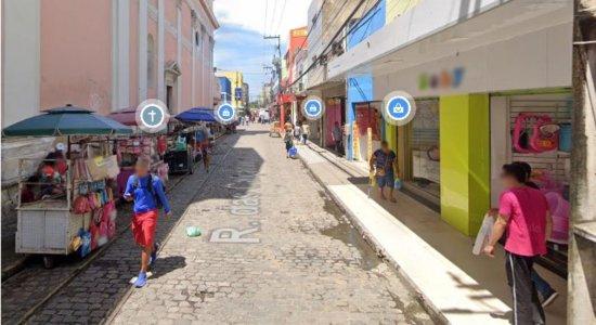 Homem cai de uma altura de cerca de 10 metros no Recife e sofre corte no braço com makita