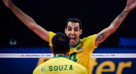 Quem é Douglas Souza? Ele é casado? Conheça o jogador de vôlei brasileiro que virou sucesso no Instagram