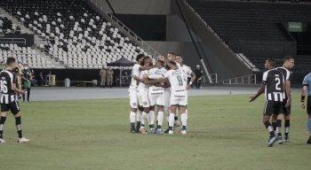 Goiás encara a Ponte Preta, pela Série B