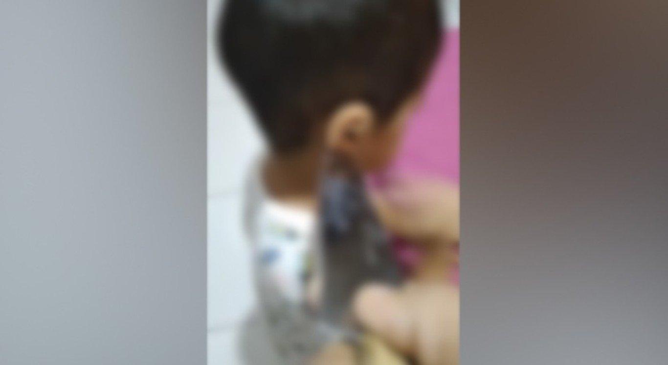 O menino foi ameaçado com faca pela mãe em Teresina