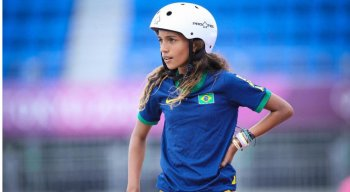 Rayssa Leal é conhecida como 'fadinha'. Ela tem apenas 13 anos, e está na disputa das Olimpíadas de Tóquio.