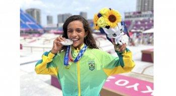 Rayssa Leal, de 13 anos, ganha a terceira medalha do Brasil nas Olimpíadas de Tóquio.