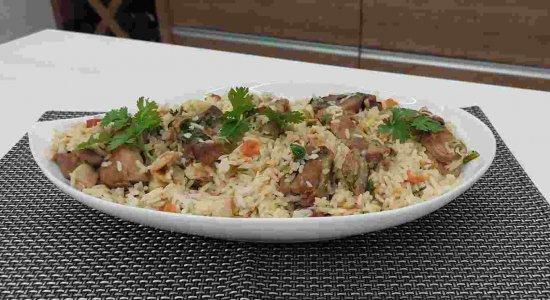 Receita de Arroz de Costelinha super fácil do chef Rivandro França