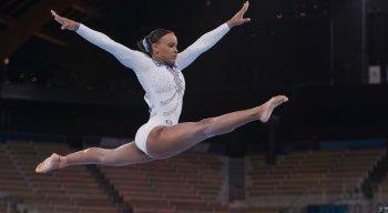 Rebeca Andrade briga pela medalha de ouro no individual geral da ginástica artística