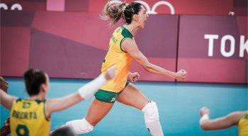 Seleção brasileira feminina de vôlei encara os EUA