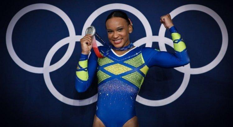Rebeca Andrade conquistou a primeira medalha olímpica brasileira na ginástica