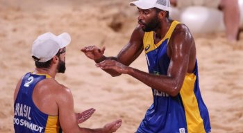 Bruno e Evandro vencem a Polônia e Brasil vai para as oitavas de final no vôlei de praia nas Olimpíadas de Tóquio