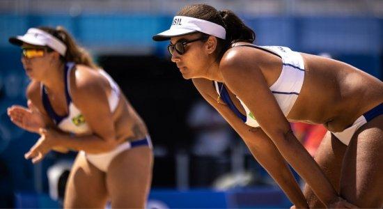 Vôlei de praia: Ana Patrícia e Rebecca se esforçam, mas perdem para dupla suíça e se despedem das Olimpíadas