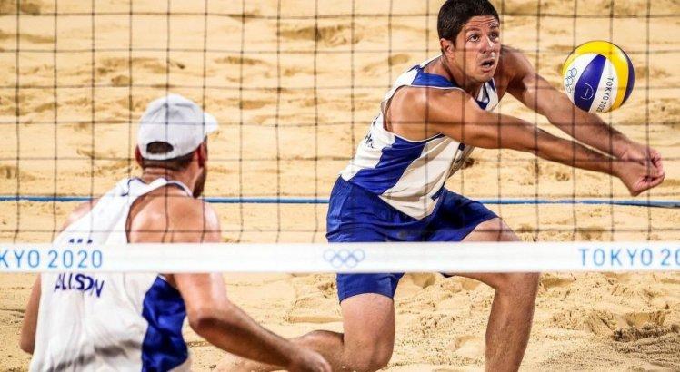 Brasil fica fora do pódio no vôlei de praia pela 1ª vez na história olímpica e surpreende; veja histórico de medalhas