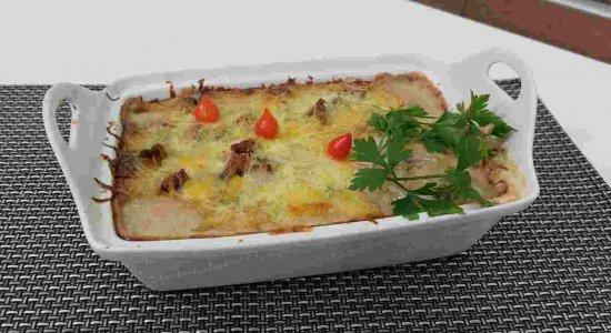 Receita de petisco delicioso: Iscas de Carne aos Quatro Queijos