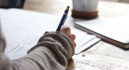 Uma rotina de estudos é essencial para conseguir cobrir todo o conteúdo que é pedido no exame