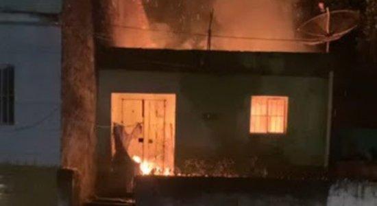 A casa da idosa pegou fogo em Água Preta