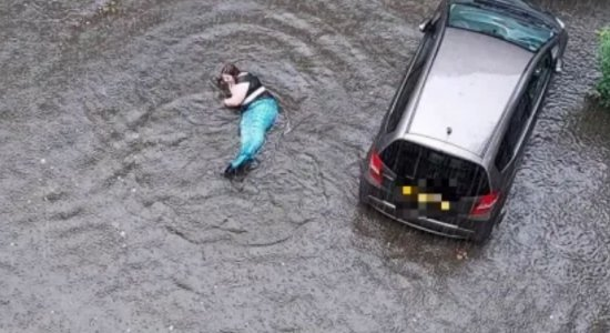País sofreu com inundações durante o último final de semana