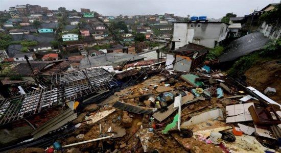 Meio-Dia mostra vários problemas trazidos pela chuva no Grande Recife