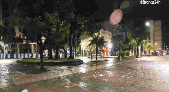 Jovem de 19 anos é vítima de tentativa de latrocínio no Centro do Recife