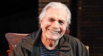 O ator Tarcísio Meira morreu com Covid-19