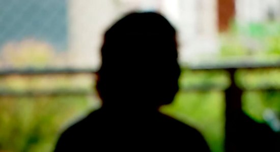 Jovem de 17 anos que foi baleada pelo ex-padrasto nos Aflitos revela que foi abusada por ele durante 8 anos