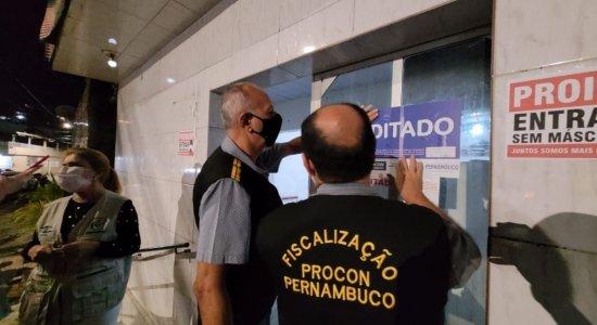 Estabelecimento na Zona Norte do Recife é interditado por causa de aglomeração