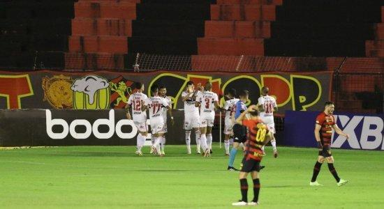 Em jogo sonolento, Sport perde para o São Paulo e fica mais uma rodada na zona do rebaixamento