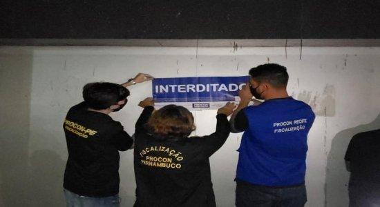 No Recife, show com mais de 800 pessoas é interrompido pelo Procon-PE