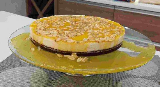 Torta de Maracujá com Crocante de Amendoim[Sabor da Gente exibido 27\08\21]