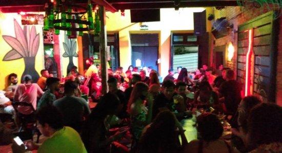 Bar do Sítio Histórico de Olinda é interditado pelo Procon por descumprir medidas de prevenção à covid-19