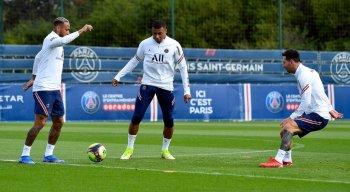 Neymar MBappé e Messi devem atuar junto na partida entre PSG e Reims