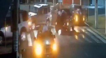 Diversas imagens foram compartilhadas nas redes sociais do ataque em Araçatuba