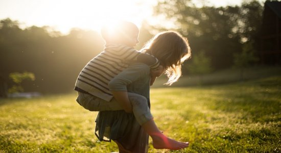Dia dos Irmãos: veja mensagens carinhosas para homenagear seu irmão ou irmã neste domingo, 5 de setembro