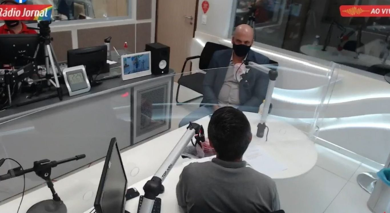 O vereador também afirmou, em entrevista à Rádio Jornal Caruaru, que está satisfeito com o partido que está filiado
