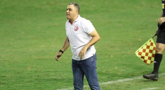Com apenas 1 vitória em 6 jogos, Marcelo Chamusca não é mais o treinador do Náutico
