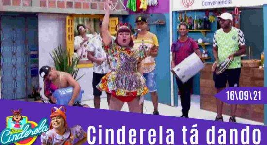 A Cindy tá dando Dinheiro no Papeiro da Cinderela de Hoje