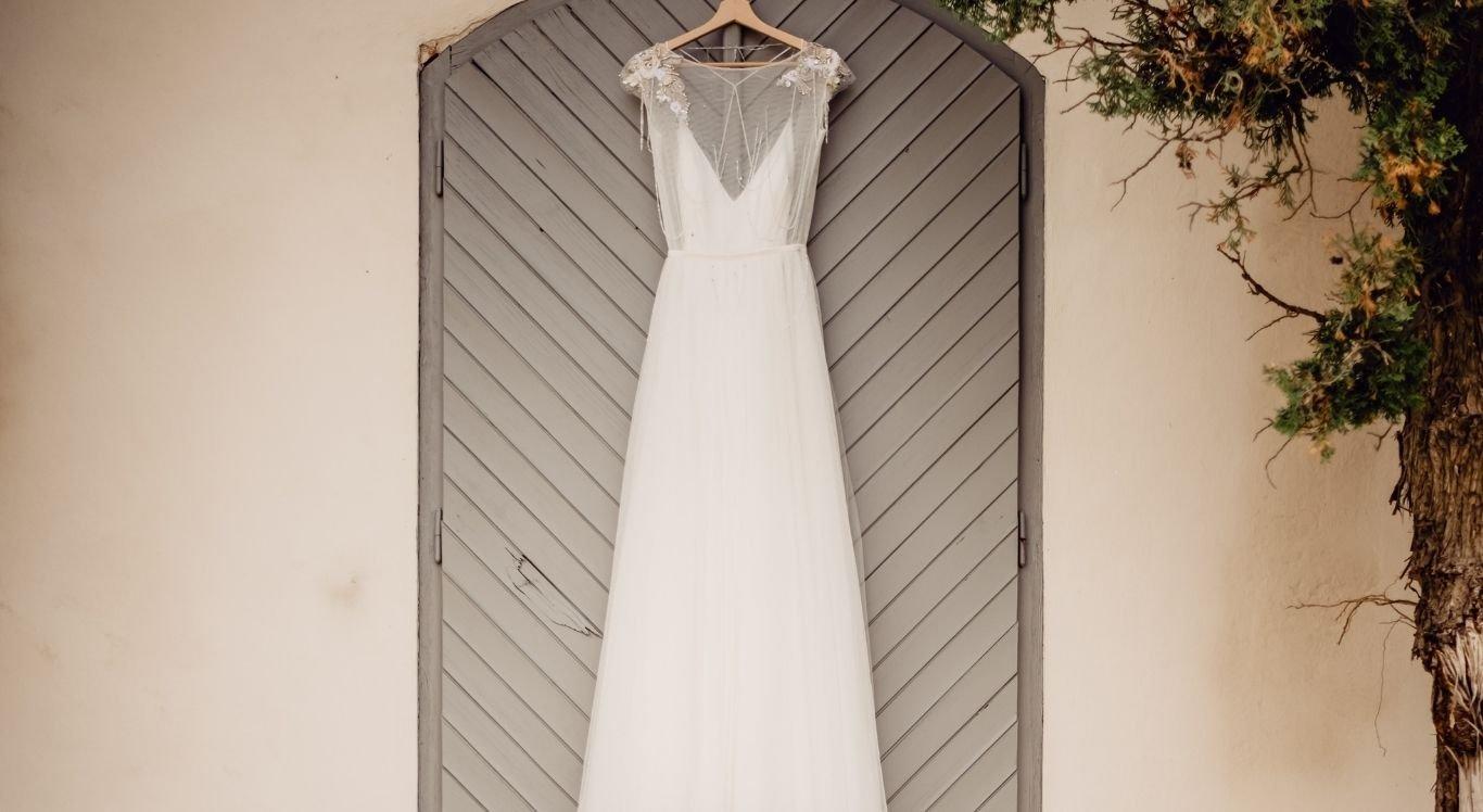 O vestido de noiva branco se popularizou apenas no século 19, após um casamento real