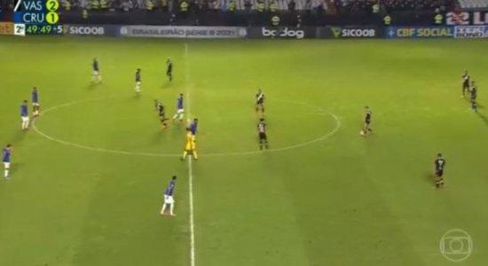 Vasco x Cruzeiro: Globo não registra gol anulado, troca placar e descobre empate depois; veja vídeo