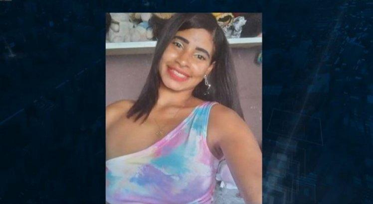Família procura dona de casa que desceu de ônibus em saída de clube, após piquenique, e desapareceu em Paulista