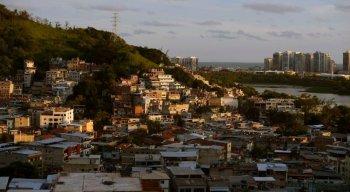 Milícias ocupam espaços em morros do Rio de Janeiro