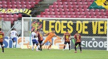 Sport enfrentou o Fortaleza na Arena de Pernambuco pelo Campeonato Brasileiro.
