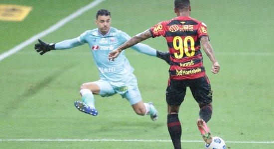 André perde chance de marcar para o Sport.