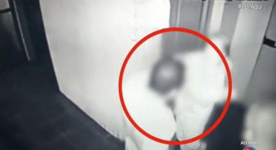 Briga por elevador: homem agride cadela de vizinha idosa em prédio na Torre, Zona Oeste do Recife; veja vídeo
