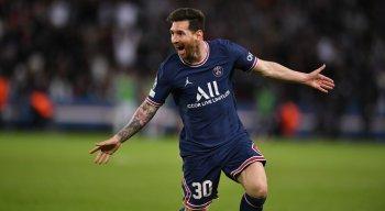 Lionel Messi marcou o primeiro gol dele com a camisa do PSG.