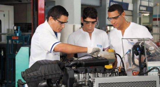 Senai-PE oferece mais de 500 bolsas de estudos integrais para cursos técnicos mais demandados pela indústria; confira como se inscrever