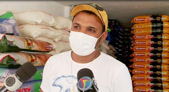 'Os filhos dela são nossos filhos agora', diz irmão de funcionária assassinada em casa de rações em Abreu e Lima