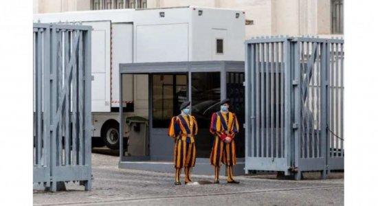 Guardas suíços do Vaticano pedem demissão por causa de vacina obrigatória de covid-19