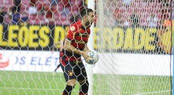 Paulinho Moccelin marcou o gol da vitória do Sport contra o Corinthians