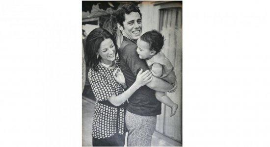 FOTOS: Veja álbum com fotos raras da intimidade da família de Chico Buarque e Marieta Severo que você nunca viu