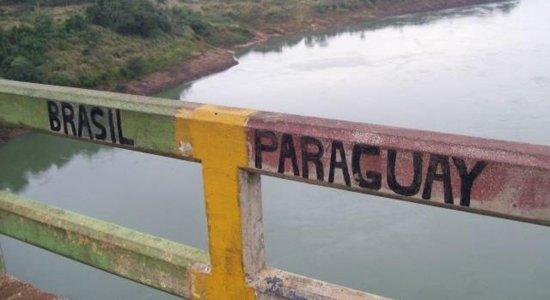 Estudantes brasileiras morrem em chacina na fronteira com o Paraguai; carro onde jovens estavam foi alvejado com pelo menos 100 tiros