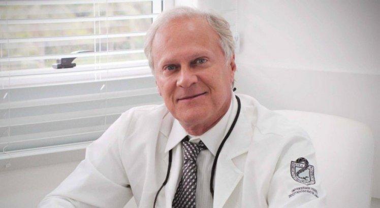 Quem era Claudio Marsili, cirurgião plástico famoso e pai do psiquiatra Italo Marsili assassinado no Rio?